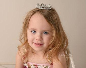 Mini Newborn Crown Baby Flower Girl Tiara Newborn Photography Prop