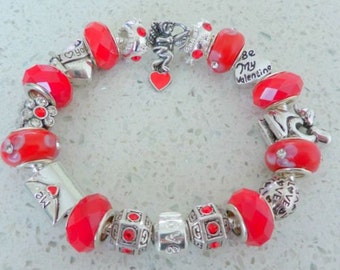 Ladies/girls luxury valentine charm bracelet.