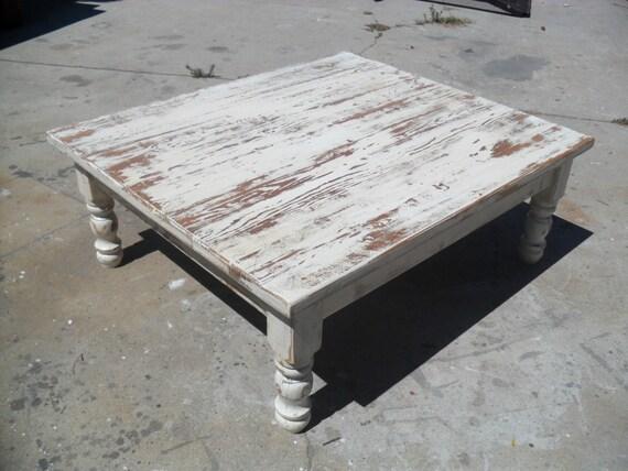 Table basse en bois récupéré. Vieux bois récupéré. Coutume