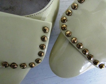 1960s yellow heels | vintage 60s yellow studded patent leather heels | patent leather heels | 7 size | The Mari Patent Leather Shoe