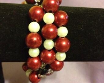 Chunky cranberry beaded bracelet