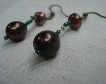 Pin Earrings with Green and Brown Beads