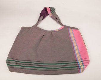 Large striped tote with inner pockets