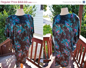 SALE Electric Orchid 80's Cocoon Dress Size.S