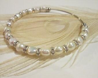 White Fresh Water pearl Wedding  expandable beaded wire bangle bracelet