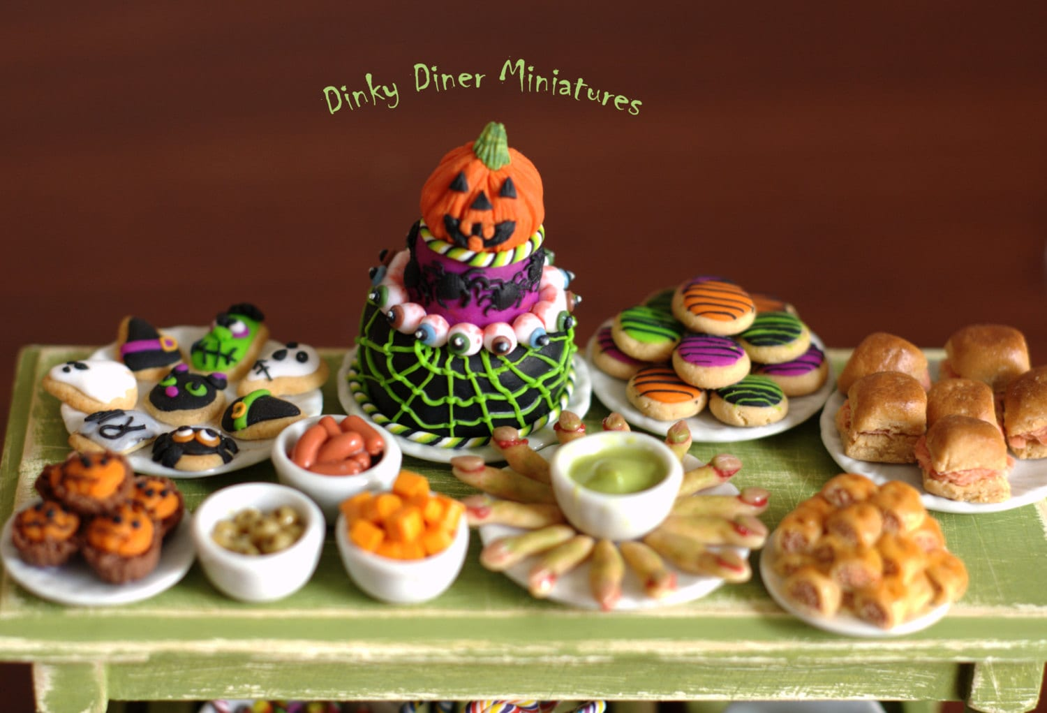 Halloween buffet table - Like This Item