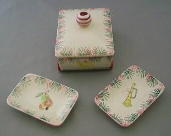 REDUCED Vintage Christmas Wagon Smoking Set with Ceramic Cigarette Box & 2 Ashtrays  FREE SHIPPING