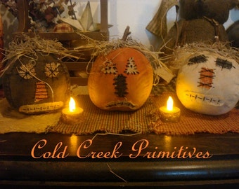 Primitive Folk Art Pumpkins Set of 3
