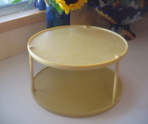 Vintage 70 S Plastic Rubbermaid 2 Tier Gold 10 Inch Lazy