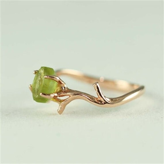 unique branch and peridot ring