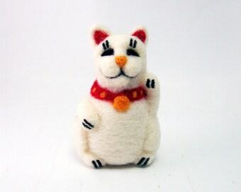 Needle felted White Fortune Kitty, Soft Plush toy decoration