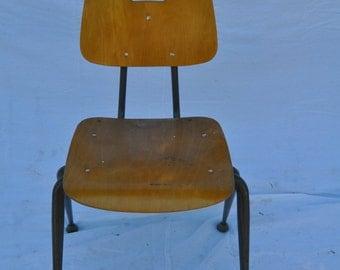 31' Wooden Brunswick Chair