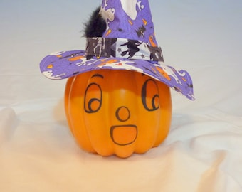 Halloween Jack-o-lantern - Decorative pumpkin - party decorations - centerpiece - pumpkin - Orange, Purple and white witches hat