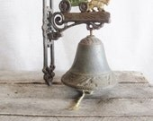 Vintage Cast Iron Dinner Bell Welcome Bell Gate Bell School Bell Farmhouse Rustic Cabin Decor - PickerRick