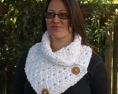 Chunky White Cowl, Button Scarf, Crochet Cowl, Soft Scarf, White Scarf, Neck Warmer