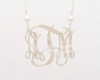 Medium 1.75 Inch Custom Pearl on Pearl Vine Monogram Acrylic Necklace - Personalized Bridesmaid Gift, Personalized Jewelry
