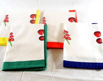 SALE Vintage Cotton Napkins Set of 4