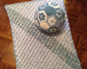 Childrens' Blanket and Ball