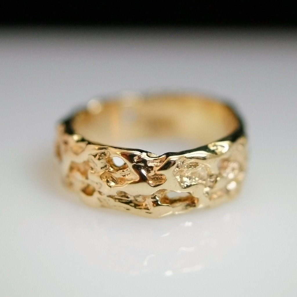 Gold Nugget Texture 14k Yellow Gold Band Ring Size 5