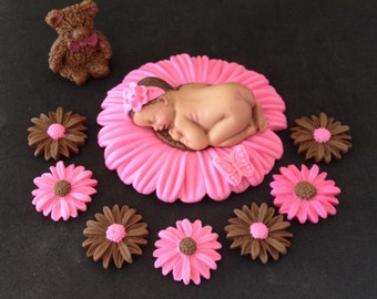 Fondant edible baby daisy pink/brown cake topper for Baby Shower, Birthday, Party Favor