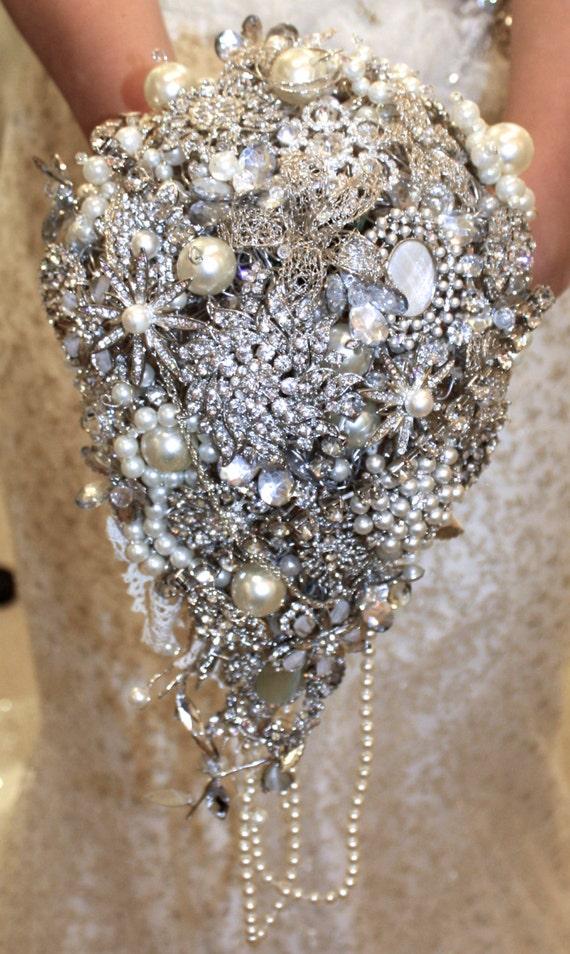 Christmas wedding dress holder - Large Trailing Wedding Brooch Bouquet Wedding Brooch Bouquet Wedding