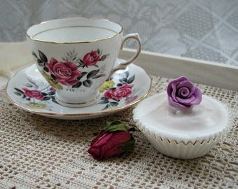 Royal Vale Roses Teacup. Vintage C1950s. Teacup and Saucer. TS047