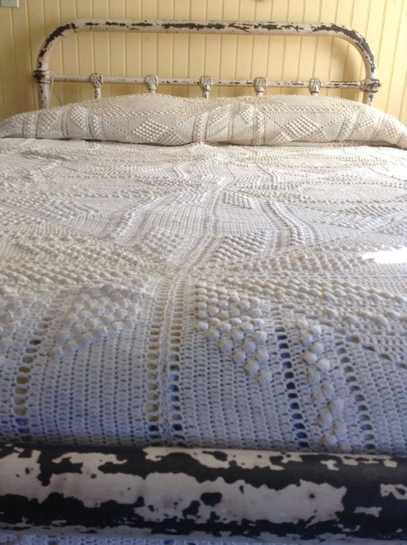 How Many Inches Is Queen Bed Spread