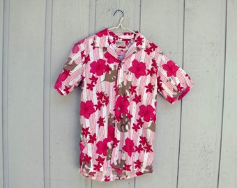 Vintage Hawaiian Shirt Womens Medium Large Aloha Shirt Stan Hicks Original Hibiscus flower design rare 1960s
