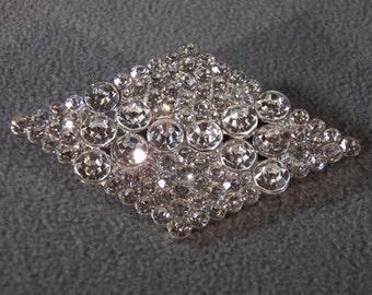 Vintage Silver Tone Multi Round Rhinestone Marquise Shaped Pin Brooch