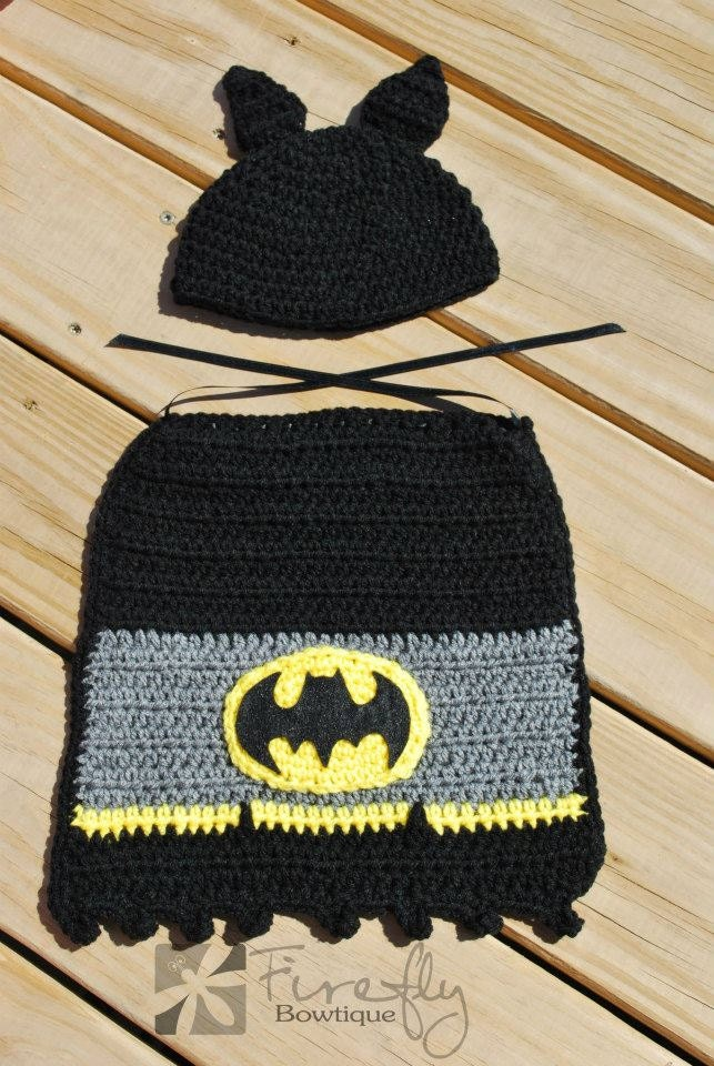 Crochet Newborn Batman Hat and Cape Ready to by ...
