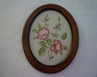 VINTAGE FRAMED Embroidered Fabric Under Glass. COTTAGE style,Roses, Shabby Chic