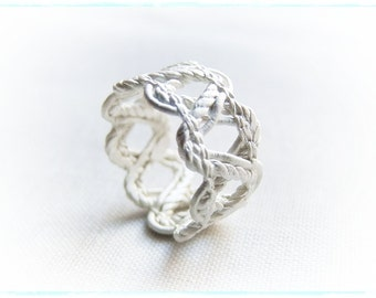 white silver top ring 2