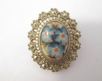 Small GERMANY Scarf Clip With Floral Cabachon And Gold Marcasite Stones