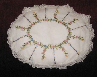 Vintage 1930's Hand Embroidery Boudoir Pillow