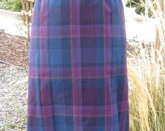 Vintage Women's Pendleton Lined Wool Plaid Purple/Pink  Skirt Size Large/ Plaid Wool Skirts/ Pendleton Skirts/ Midi Wool Plaid Skirt