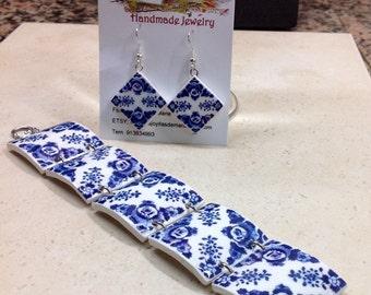 Set, bracelet and earrings