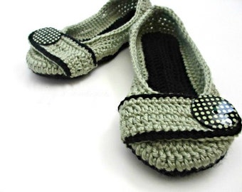 Women's Crochet Slippers - Button Slippers - Womens sizes 5 6 7 8 9 10 - sage green and black - Custom made
