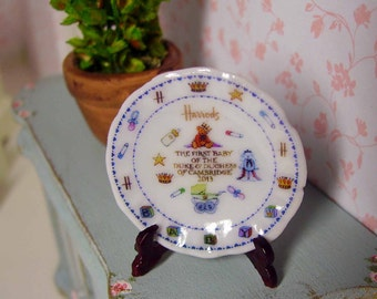 Royal Baby Plate for Dollhouse