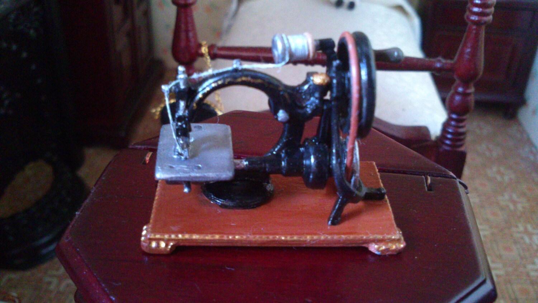 white sewing machine model 1866