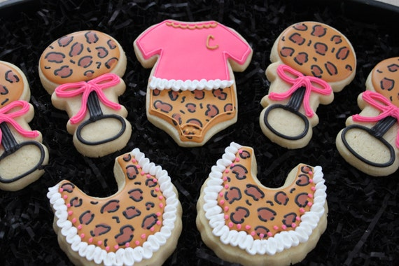 Baby shower cookies leopard print cookies by 4theloveofcookies for Animal print baby shower decoration ideas