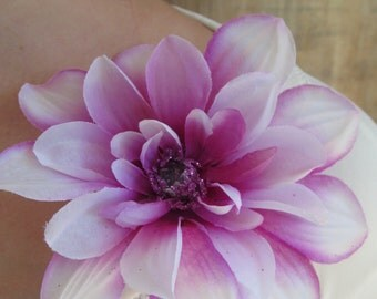 Zealous for Zinnia Flower pin