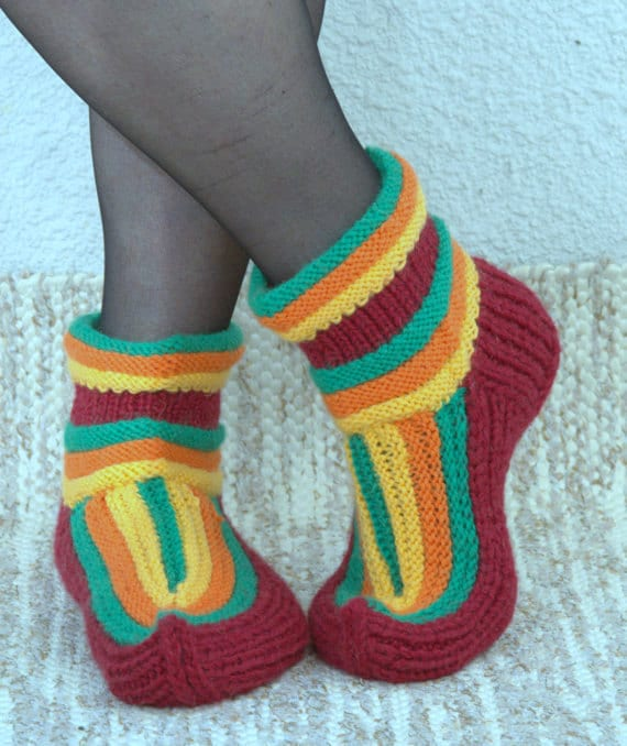 Elf Socks Knitting Pattern : Pattern for knitted pointed toe elf sock by TintinHandmade ...
