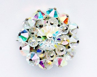 1950s glass aurora borealis quality faceted glass bead brooch 1.25 inches high  - excellent condition vintage