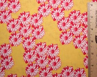 Tina Givens zazu cotton fabric TG19 Yellow wreaths ZaZu Free Spirit fabric sewing quilting fabric 100% Cotton fabric by the yard