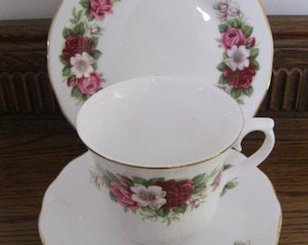 Queen Anne Floral tea cup trio - Queen Anne Bone China - Vintage Tea Cup Trio