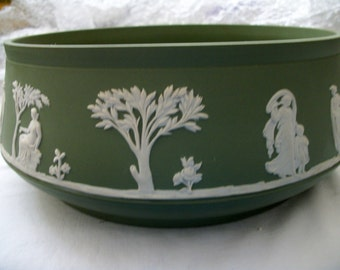 Jasperware Green Salad Bowl Great Mothers Day, Birthday, Fathers Day or Graduation or Wedding Gift