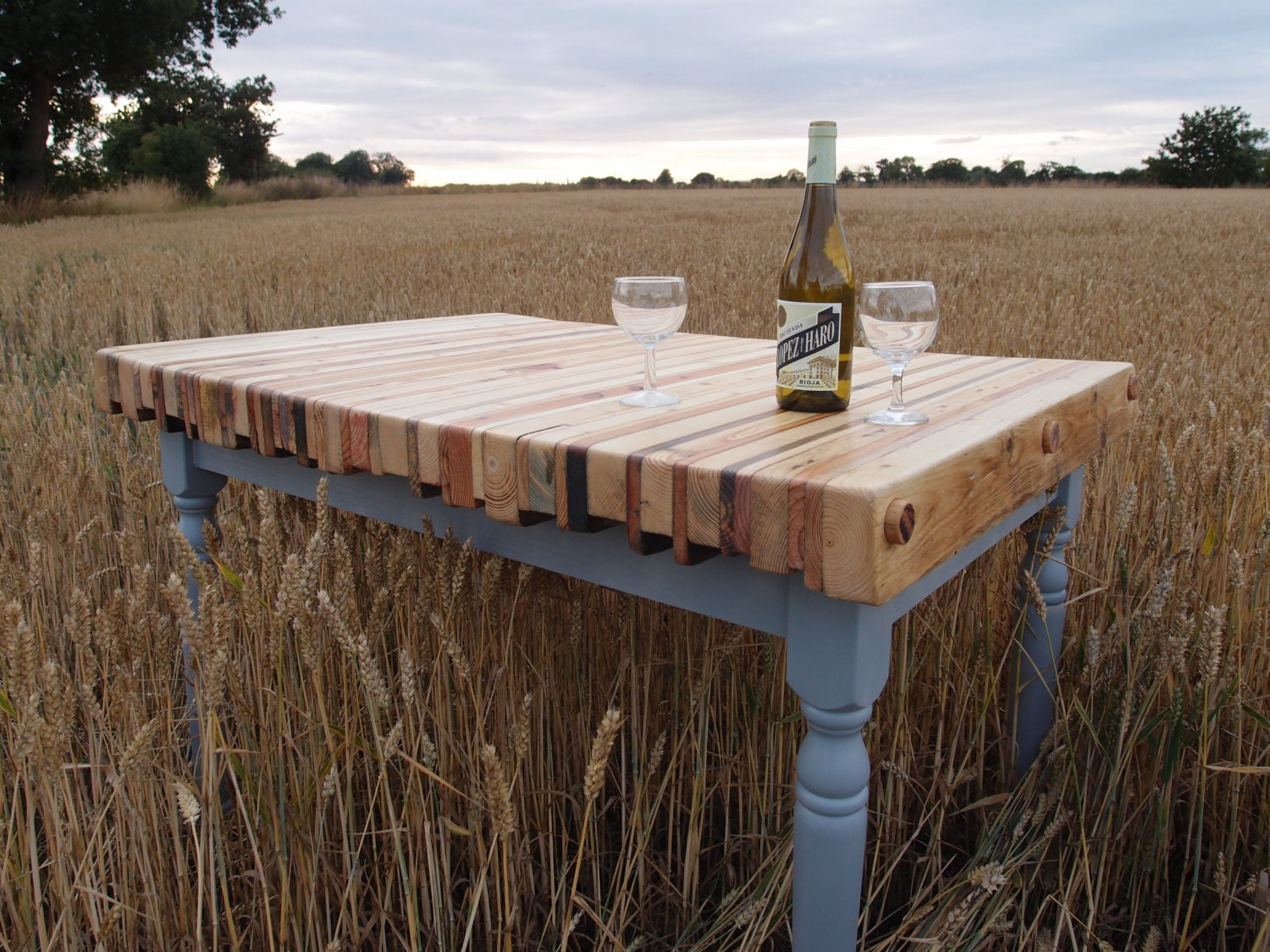 🔎zoom - Reclaimed Pallet Wood Dining Table