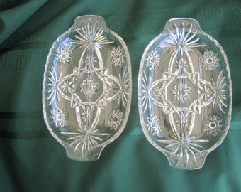 Anchor Hocking relish dishes (2)