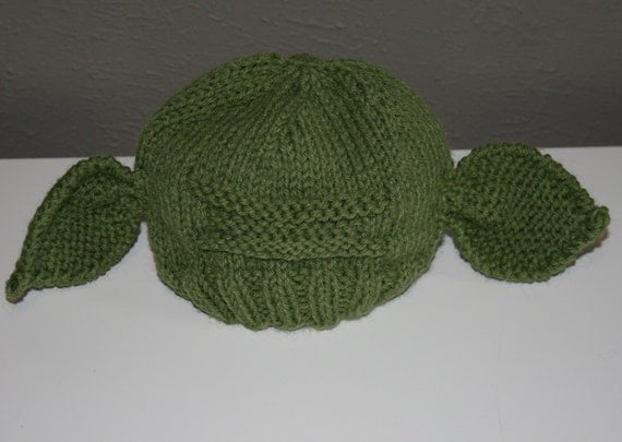Knitting Pattern For Baby Yoda Hat : Hand Knit Baby Yoda Hat by LaneMcKenzie on Etsy