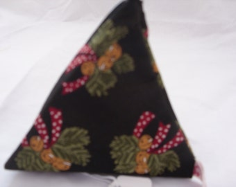 Pyramid purse with bells and bow design